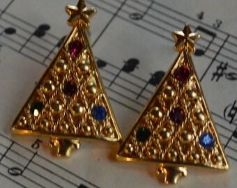 Christmas Tree Earrings - pierced