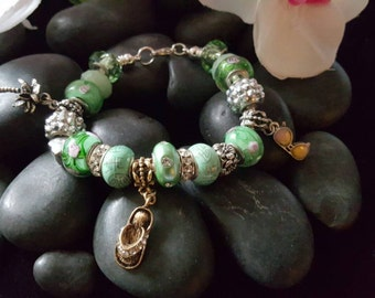 Charm bracelet mix and mingle summer green with three beautiful summer charm 7.5inch