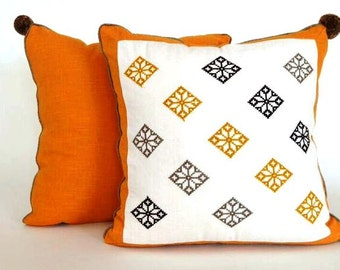 FIORI Mostaza Accent Pillow Case/ Funda Cojin Decorativo