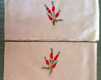 Vintage Table Napkins - Bottlebrush
