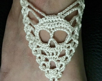 Skull lace barefoot sandals