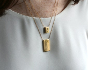 Geometric jewelry trends