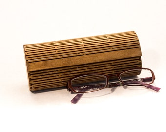 Laser Cut Wood Glasses Case / Living Hinge Design / Light Walnut