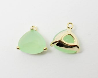 G002007/Light Mint/Gold plated over brass/Triangle bezel glass Pendant/13x13mm/2pcs