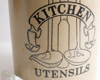 Retro Kitchen Utensils pot