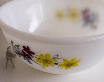 Vintage Phoenix Opalware bowl