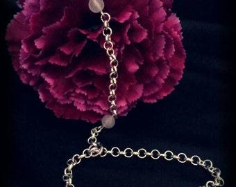 Slave bracelet with quartz
