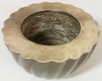 Large Concrete Bowl/Concrete Vase/Smooth Cement Centerpiece/Lined Concrete Bowl