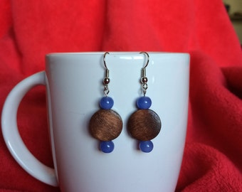 Wooden rounds with blue bead