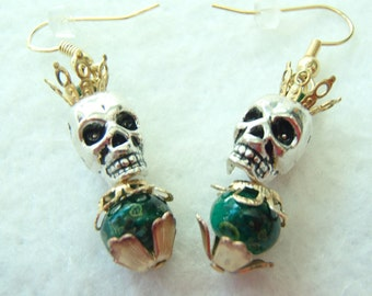 Skull Macabre Earrings. Skull King! Skull Topped by a Crown. Lovely Green Bead! FREE U.S. SHIPPING! Day of the Dead. Dia de los Muertos.