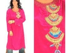 Silk Kurta, S / M, beaded pink silk tunic, 1980s Indie gold embellished fusia curta , vintage 80s silk tunic, SunnyBohoVintage