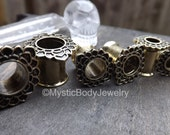 Ear Gauge Tunnels 2g Brass Tribal Flower Design 00g Earrings 4g Double Flared Plug Body Jewelry Antique Gold Finish 0g Flaired Tunnel Plugs