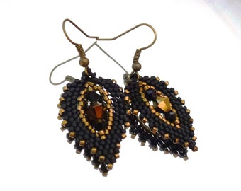 Leaf earrings black gold with Swarovski crystals
