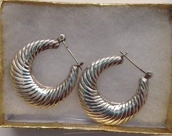 Vintage Sterling Silver Designer Style vintage hoop earrings