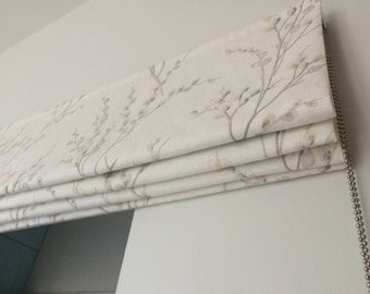Laura Ashley Pussy Willow Roman Blind - made to measure - Off white/dove grey