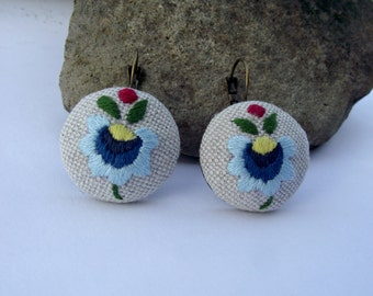 Embroidered earrings with Kashubian pattern