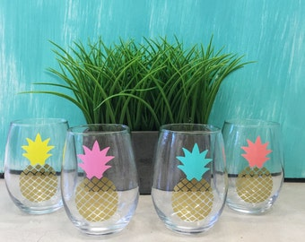 Set of 4 stemless pineapple wine glasses