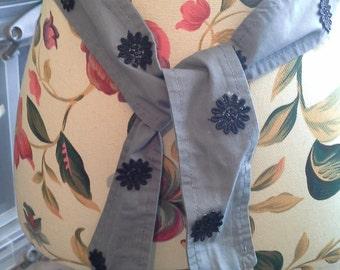 Grey cotton tie belt embellished with black floral flowers