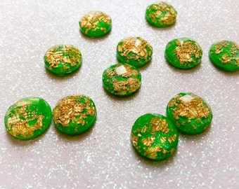 12mm Bright Green Shimmer & Gold Foil Faceted Cabochon - 10 pcs