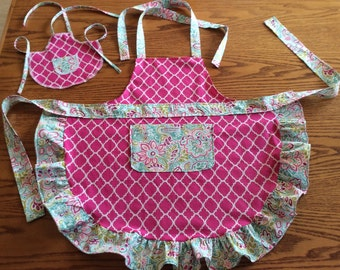 Dolly and Me Apron, Toddler apron, doll apron, Custom made.