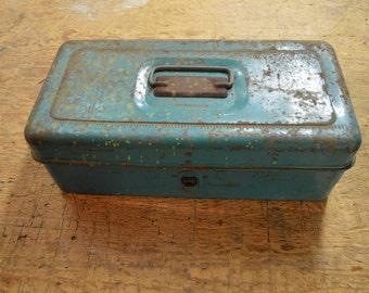 Vintage Tackle Box, Green Tackle Box, 1940 fishing Equipment, Rusted Metal Box #220