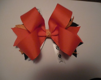 boutique Halloween bow