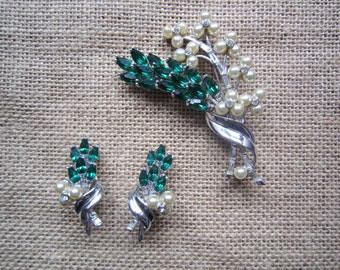 Vintage Pennino flower set, brooch and earrings, 1940s