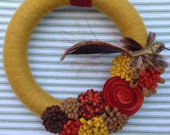 Hummingbird Wreath, Bird Wreath, Fall Bird Wreath, Fall Wreath, Yarn Wreath, Yarn Bird Wreath, Yarn Flower Wreath, Rustic Bird Wreath