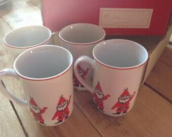 Set of 4 Georges Briard Santa Mugs