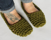 Chunky Knit Women's Slippers Crochet House Shoes Socks >> THE OSNABROCKS << Cilantro