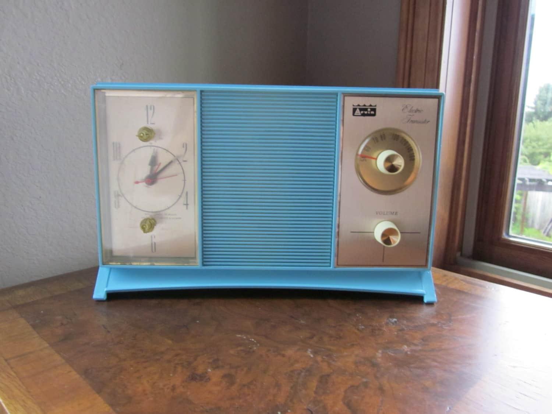 Vintage Clock Radio Am 1960s Arvin 56r27