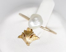 14k gold pearl ring, gold art nouveau natural pearl and leaf, size 8,  vintage pearl stacking ring, botanical pearl ring, natural pearl ring