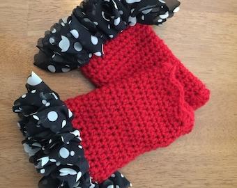 Fingerless Gloves with Ruffles