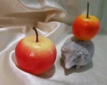 marble crumb figurine of hedgehog very lovely