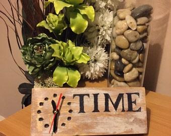 Reclaim bedside clock