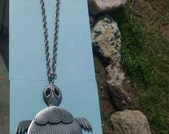 1960's Vintage Black-Eyed Turtle Necklace with silvertone, jointed body, AND ORIGINAL CHAIN