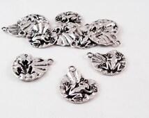 BCP70 - charm pendant heart Lotus frog silver Tibetan Locket / Antiqued Vintage Tibetan Silver Lotus Flower Frog Pendant Charm