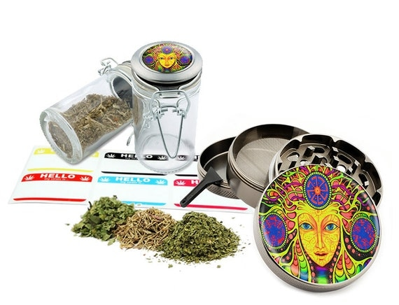 "Face Art - 2.5"" Zinc Alloy Grinder & 75ml Locking Top Glass Jar Combo Gift Set Item # 110514-0013"