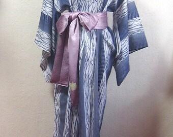 Summer Kimono/blue / robe/ Japan/ traditional/ dress/ vintage/ antique