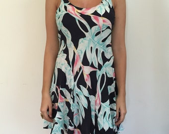 Hawaiian Print Dress