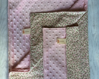 Girls Baby Blanket and Comforter, tiny pink flowers, pretty baby blanket, uk