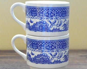 Vintage Blue Willow Mugs, Set of 2