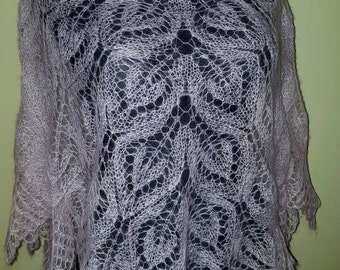 Very beautiful handknitted triangle shawl
