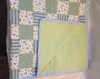 Ducks and rattles quilt