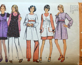 1970s Simplicity Vintage Sewing Pattern 9851, Size 12
