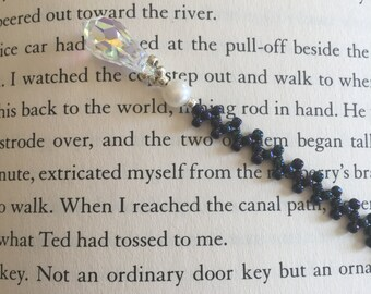 Beaded Bookmark, with freshwater pearls and Swarovski crystal
