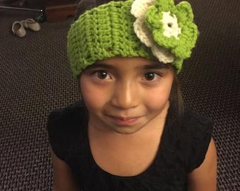 Green and white crochet headband
