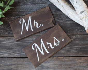 Mr and Mrs Wooden Wedding Chair Signs, Wedding Signs, Custom Wedding Signs, Wedding Decor, Mr & Mrs Wedding Signs, Sweet Table Decor Wedding