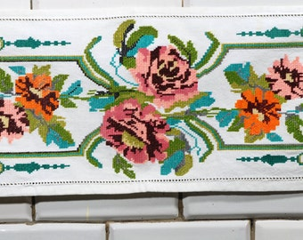 Hand embroided textile / hand embroided / old textile / tableclothe /