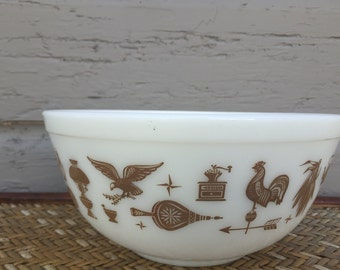 Vintage Pyrex Large Mixing Bowl Milk Glass,  Early American Design Decor